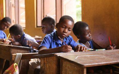 Hør Noemi og Maries oplevelser fra en skole i Ghana